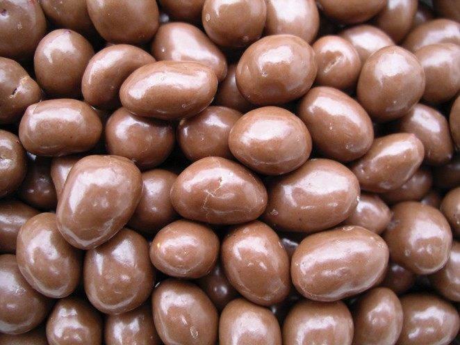 Golden Sunrise Foods.  Milk chocolate peanuts.  Ingredients: peanuts 51%, milk chocolate 45% (sugar, cocoa butter, skimmed milk powder, cocoa mass, whey powder, whole milk powder, butter oil, emulsifier, soya lecithin flavouring, vegetable oil, glazing ag